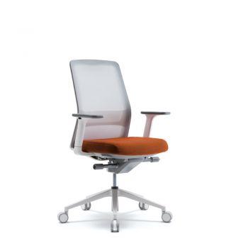 AROUND Silla Operativa respaldar en malla con soporte lumbar ajustable, asiento ajustable en tela , brazos ajustables, regulación de altuta, mecanismo de ajuste de tension y base de nylon blanca.  Medidas: 0.67 x 0.56 x 0.98 - 1.05 m