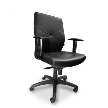 HOWARD Silla Ejecutiva de espaldar medio, asiento y respaldar revestido en cuero con ajuste de inclinación del respaldo, mecanismo sincronizado, brazos ajustables en poliuretano y base de nylon.